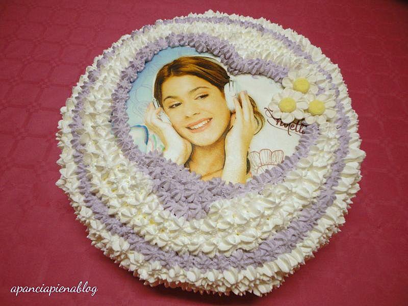 torta violetta a pancia piena bis.jpg