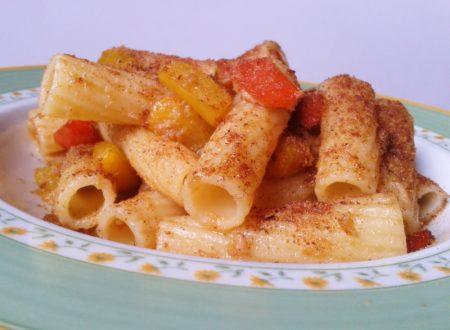 Rigatoni con peperoni e tonno (ricetta veloce)