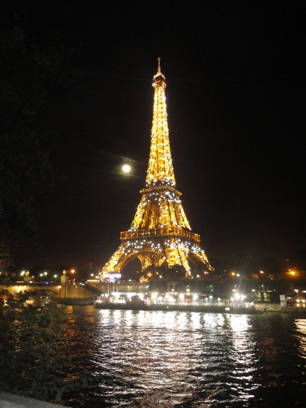 parigi by night a pancia piena blog