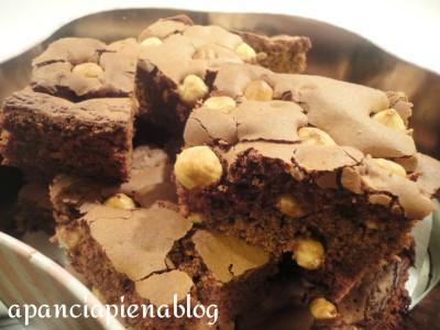 brownies alle nocciole a pancia piena blog