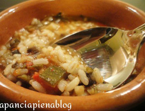 Zuppa di verdure con riso integrale (Ricetta light)