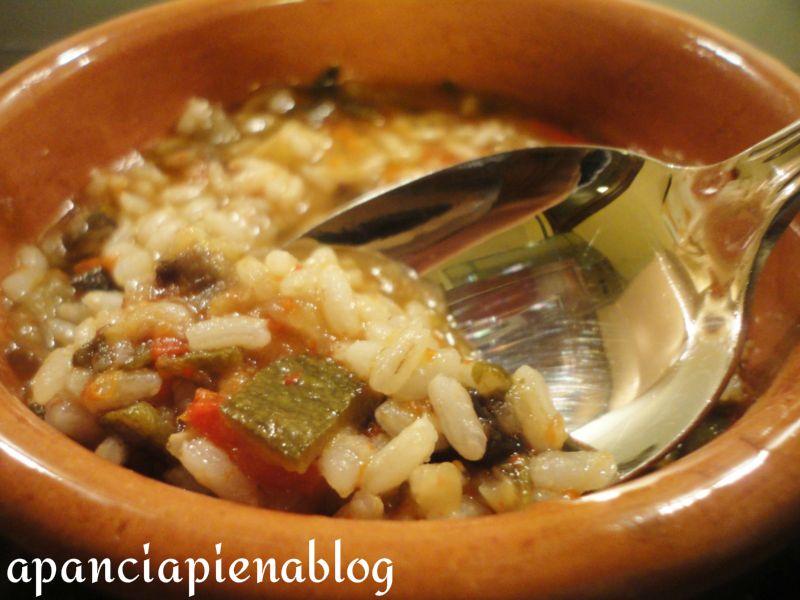 Zuppa di verdure con riso integrale ricetta light - Cucinare riso integrale ...