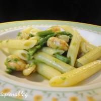 Pennette asparagi e gamberetti (ricetta semplice)