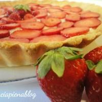 Crostata con crema e fragole (ricetta golosa)