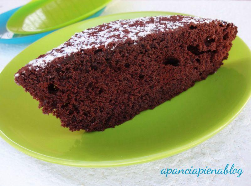 torta nuvola nera a pancia piena