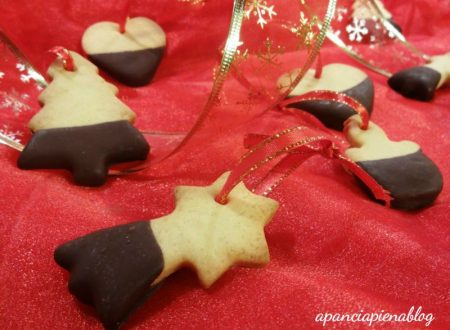 Biscotti da appendere all'albero (tradizionale e bimby)