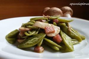 Foglie d'ulivo agli spinaci con funghi e pancetta