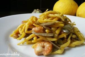 Trofie al limone con gamberetti e carciofi