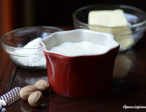 Besciamella (ricetta tradizionale e bimby)
