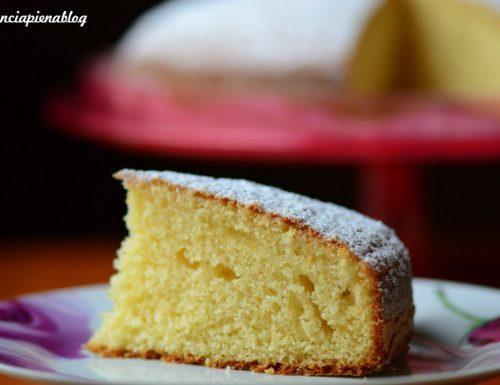 Torta al latte caldo di Nadina (ricetta tradizionale e bimby)