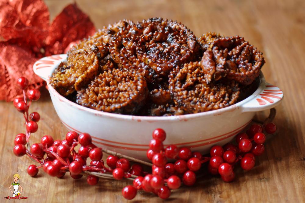 Cartellate pugliesi (ricetta tradizionale e bimby)