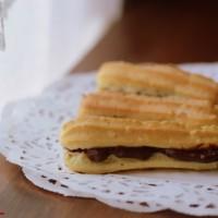 Eclairs con crema al cioccolato (preparazione tradizionale e bimby)