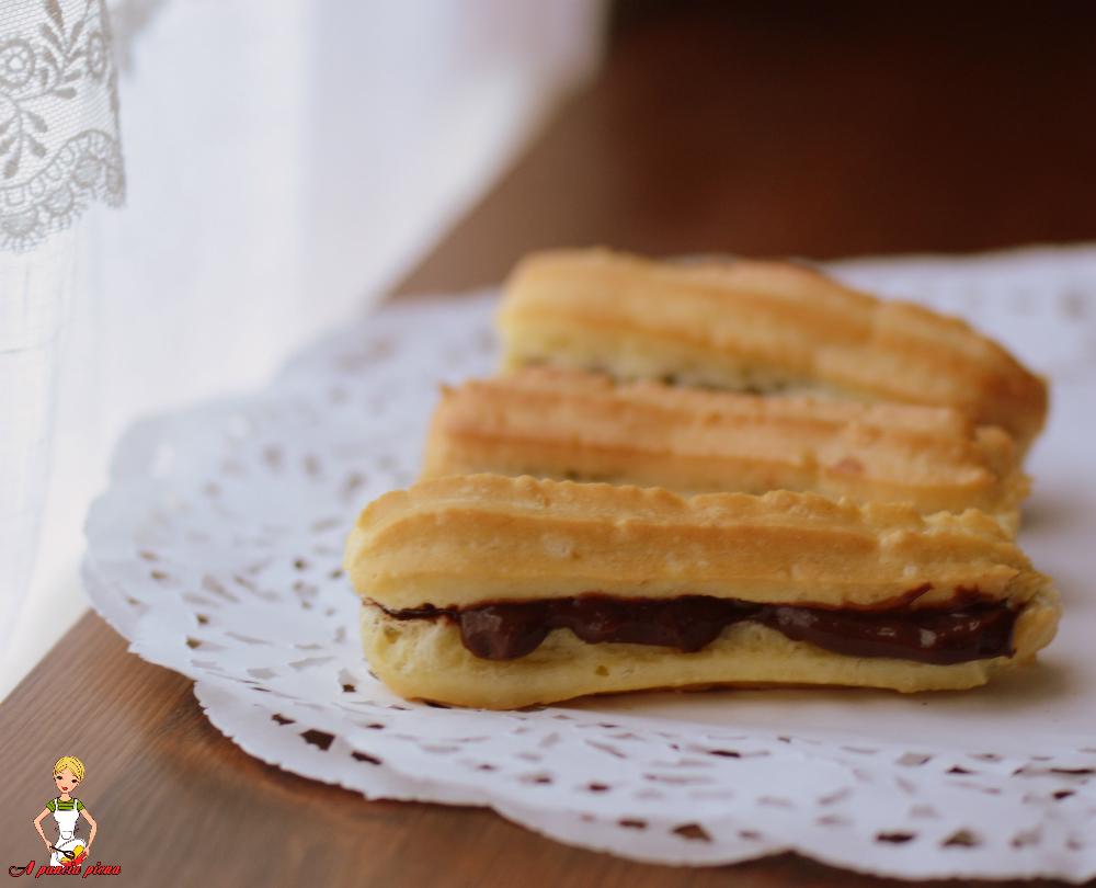 eclair al cioccolato a pancia piena
