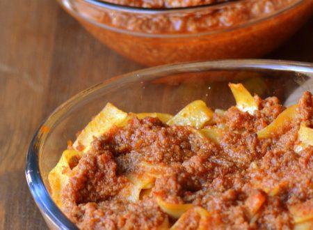 Ragu alla bolognese (ricetta passo passo)