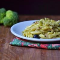 strozzapreti broccoli e tonno