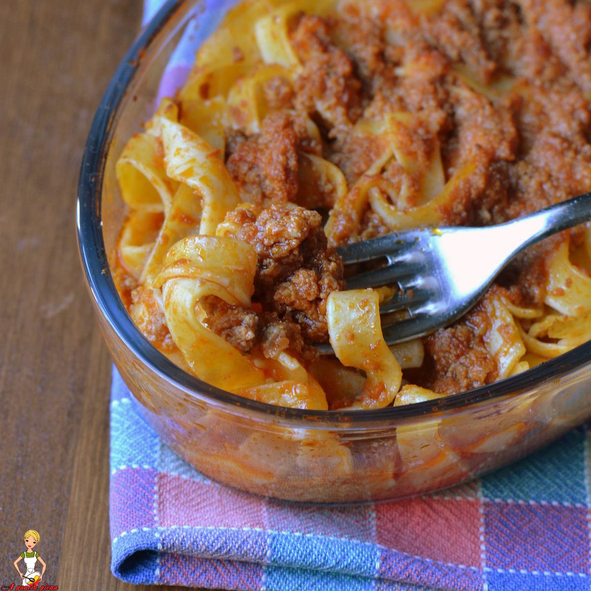 Tagliatelle al forno ricetta tradizionale e bimby a - Forno microonde e tradizionale insieme ...