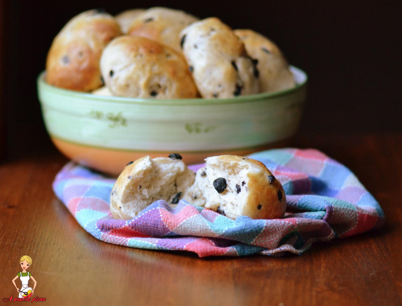 panini morbidi con olive a pancia piena