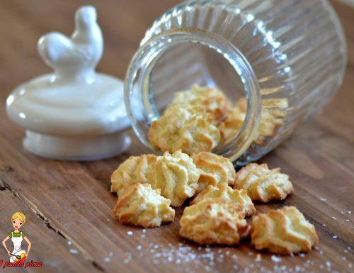 Dolcetti al cocco (ricetta tradizionale e Bimby)