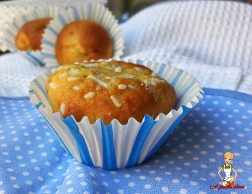 Muffin soffici alla ricotta (ricetta tradizionale e bimby)