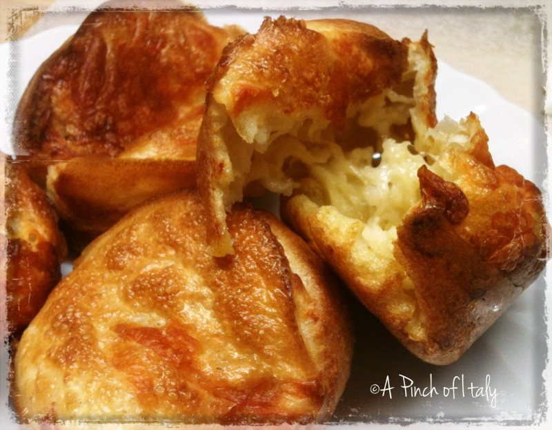 Cheese popovers, a pinch of italy 1