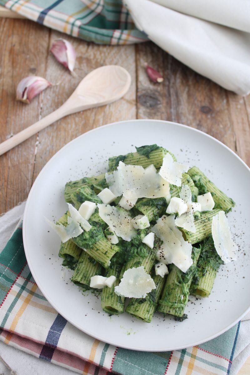 pasta spinaci e mozzarella