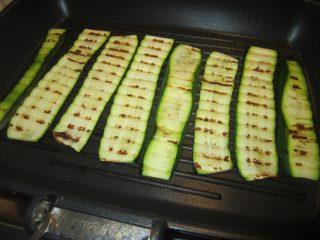zucchine grigliate al limone e menta