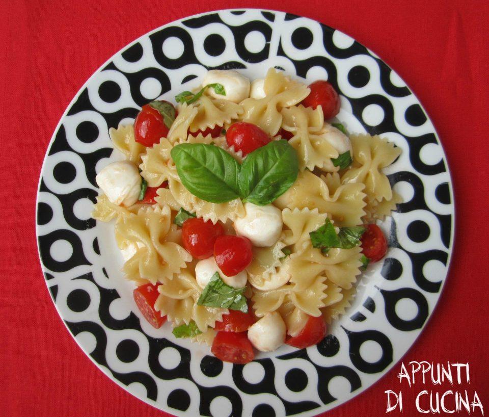 insalata di pasta alla caprese