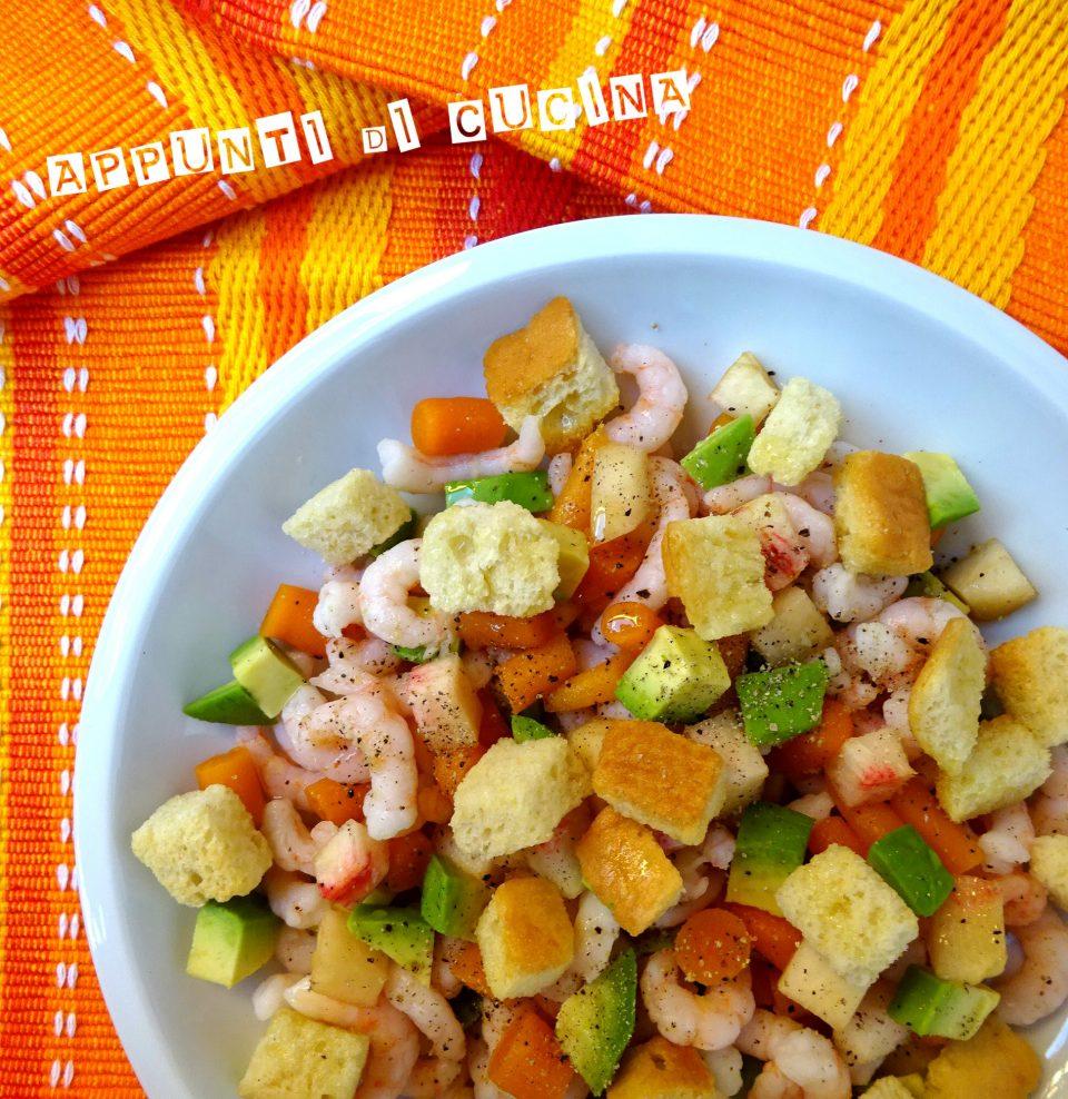 insalata di gamberetti con pesca bianca