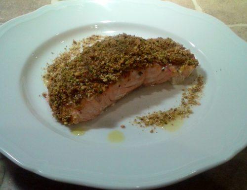 Salmone fresco, Panure di pistacchi e Cipolla sottile