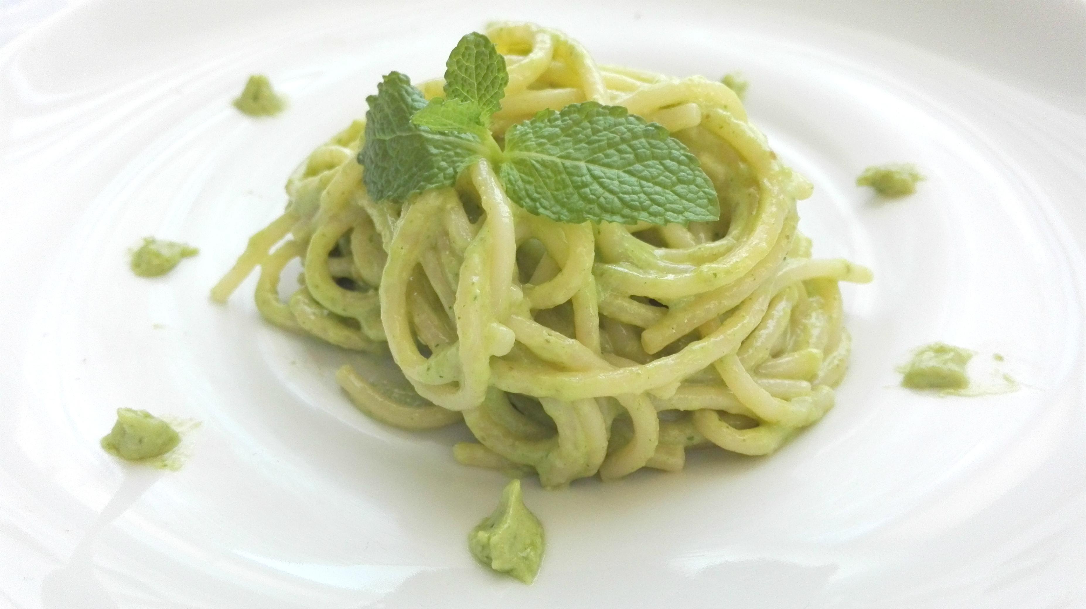 spaghetti pesto 1