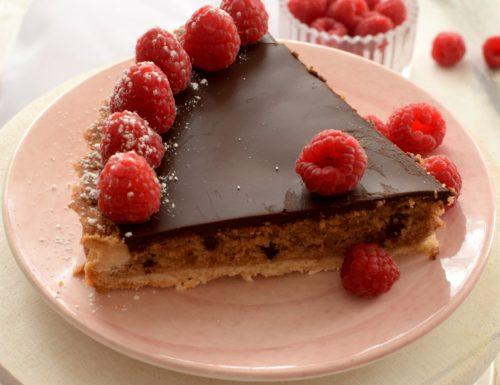 Crostata frangipane al cacao e ganache fondente