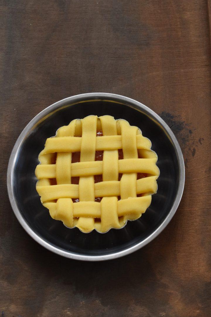 Crostatine con confettura di albicocca (prove di intreccio 1.0)