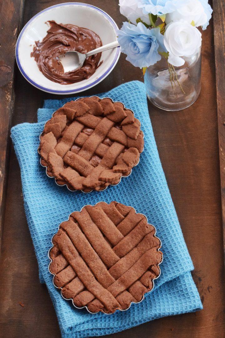 Crostatine al cacao e crema di nocciole
