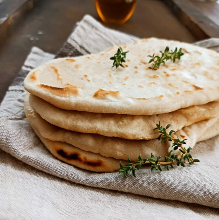 pane piatto senza lievito