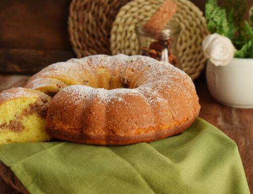 Bundt Cake con streusel di noci pecan e cannella