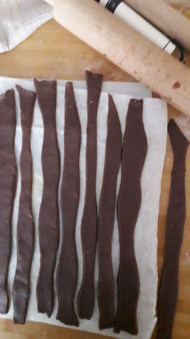 Crostata con crema alla ricotta con intreccio bicolor