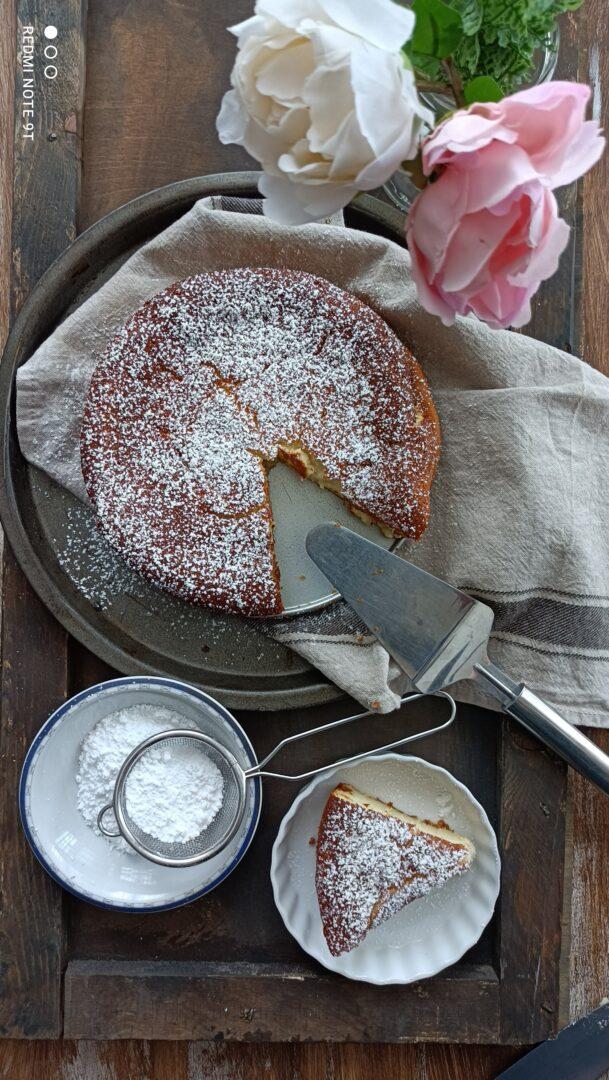 torta cremosa allo yogurt bianco