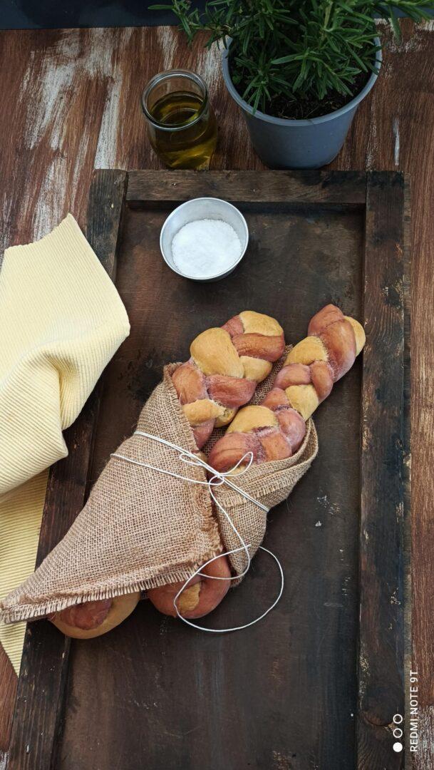 trecce di pane bicolor