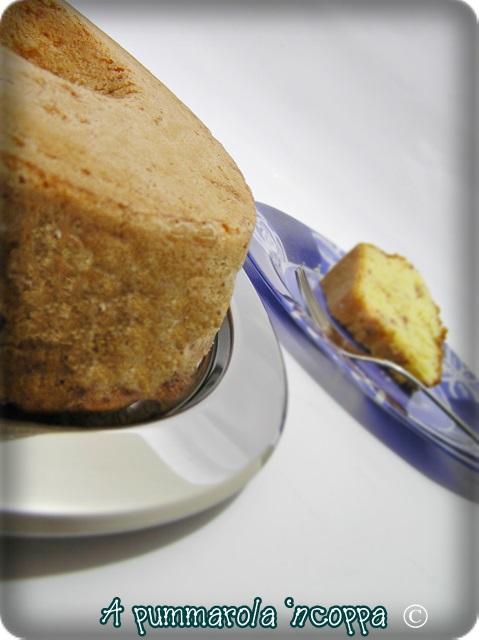 Babà salato napoletano ricetta A pummarola 'ncoppa