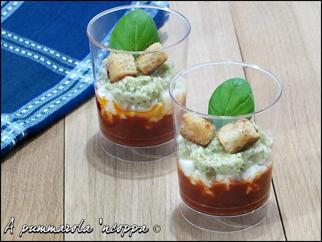 bicchierini tricolore ricetta A pummarola 'ncoppa