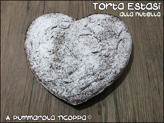 Torta estasi alla nutella ricetta blog cucina giallo zafferano A pummarola 'ncoppa uova ricotta zucchero farina cioccolato Bimby