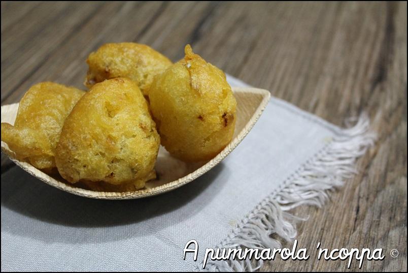 Come preparare le zeppole saporite salate per antipasto pasta pizza ricetta blog cucina giallo zafferano a pummarola 'ncoppa con verdure salumi formaggi