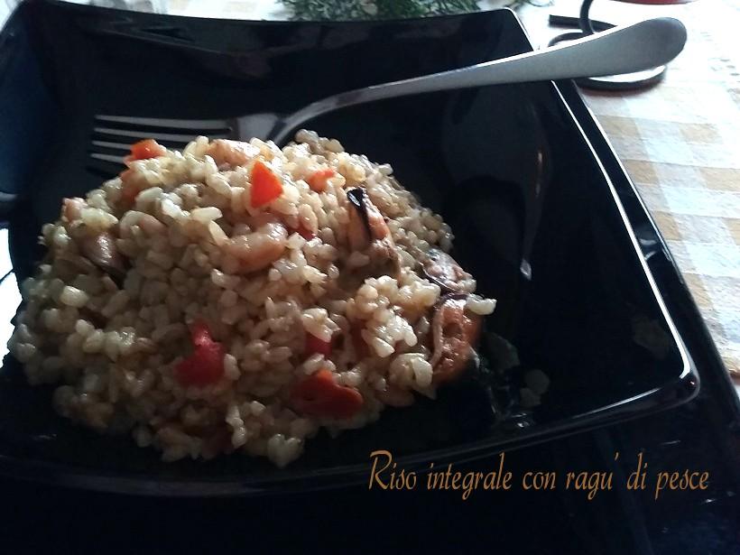 Riso integrale con ragu 39 di pesce semplice sano e gustoso for Pesce chicco di riso