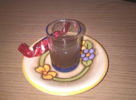 Liquore al cacao amaro