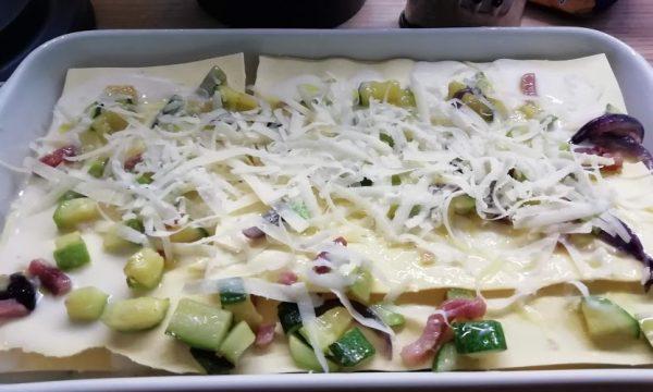 Lasagne bianche alle zucchine, pancetta e grana padano.