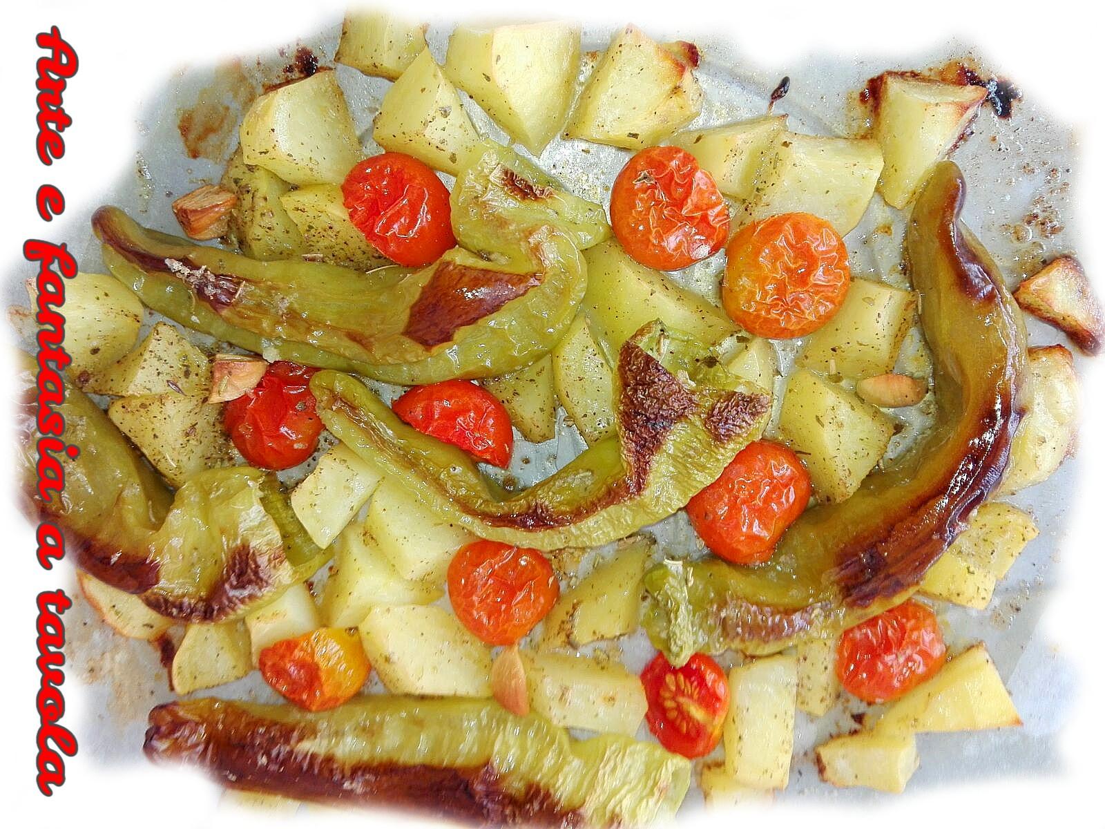 Friggitelli al forno con patate e pomodorini arte e for Cucinare friggitelli