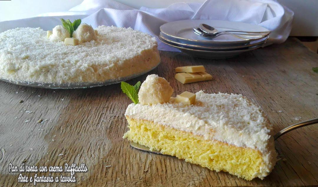 Pan di torta con crema Raffaello