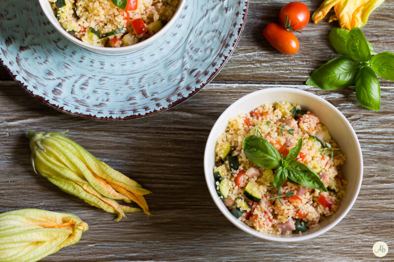 Cous cous con verdure cotte e pancetta affumicata
