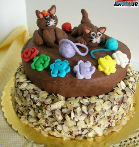Torta Gattini – torta di compleanno – cioccolato plastico e pdz