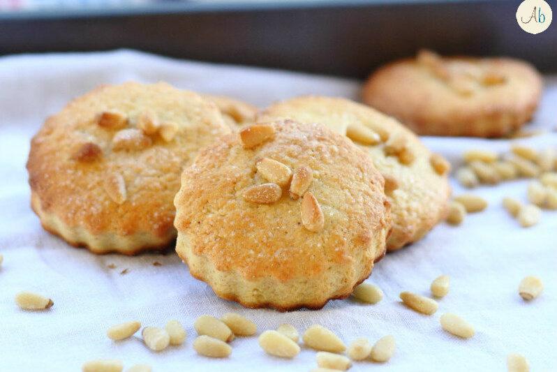 Biscotti Ricotta e Pinoli